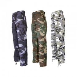 Cepantalon de treillis camouflageBDU est composé d'une fibre polyester / coton. Il comprend 6 poches, une ceinture réglable, des renforts aux genoux et des bas à lacets et existe en 3 coloris (urbain bleu, urbain gris et woodland).