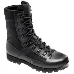 La Elite Jungle de Lowa est une chaussure haute légère et souple adapté à des zones tropicales et/ou type jungle. Très respirante, elle est conçue avec un clapet d'aération afin d'évacuer la transpiration à chaque pas ainsi que d'une doublure antibactérienne. Elle est composée d'une semelle Vibram® Chimborazo composé de 3 couches assurant confort, durabilité et accroche sur un maximum de sol.